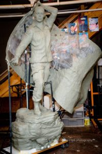 enduring-heroes-statue-3